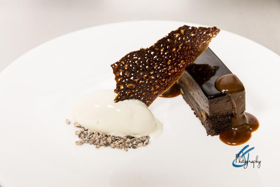 The Oxford Blue: Dessert. Selfridges Corner Restaurant   www.jonathanthompsonphotography.com